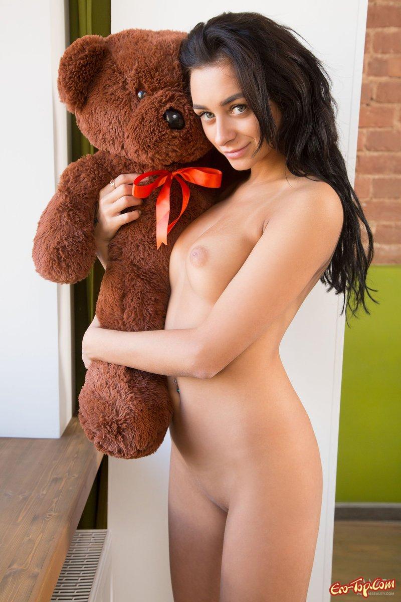 Naked girls sex teddy bear