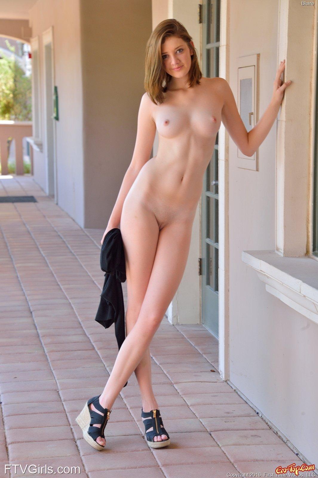 Big tall naked girls