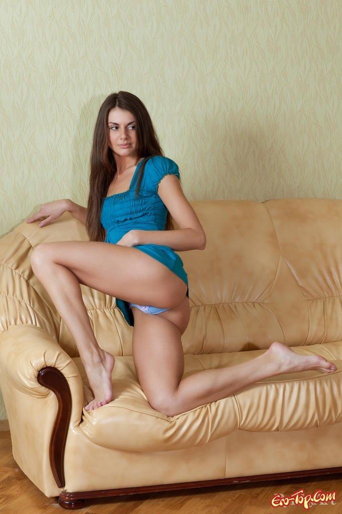 Сексуальное тело милой Astrud A