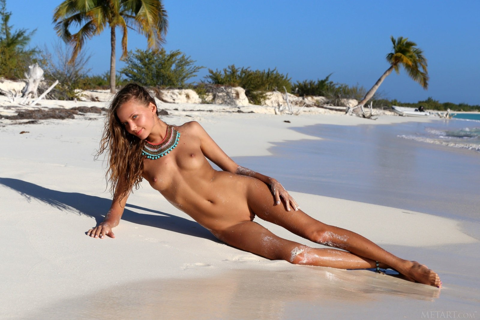 Babes on nude beach